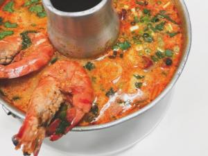 食べログの国内タイ料理ランキングで第2位 バーン・タム トムヤムクン